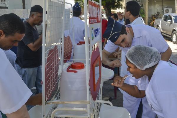 A iniciativa contou com diversas atividades, como aplicação de flúor e distribuição de kits de higiene