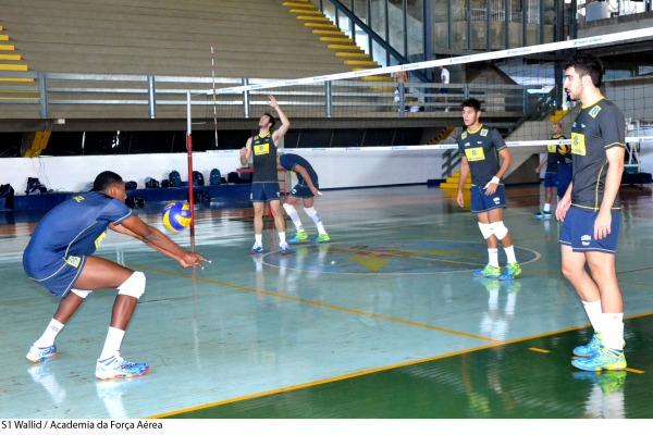 Os atletas se preparam para o campeonato mundial na Argentina em agosto