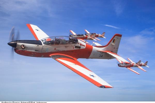 Treinadores T-27 Tucano, utilizados em 15 países  Sargento Johnson Barros / Agência Força Aérea