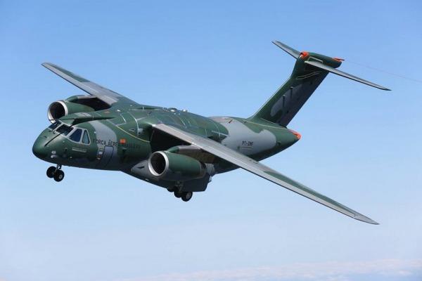 Novo avião da FAB terá radar para localizar alvos em terra e no mar