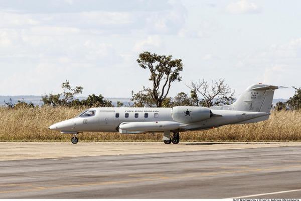 Jatos R-35 da Força Aérea Brasileira auxiliam na defesa do meio ambiente