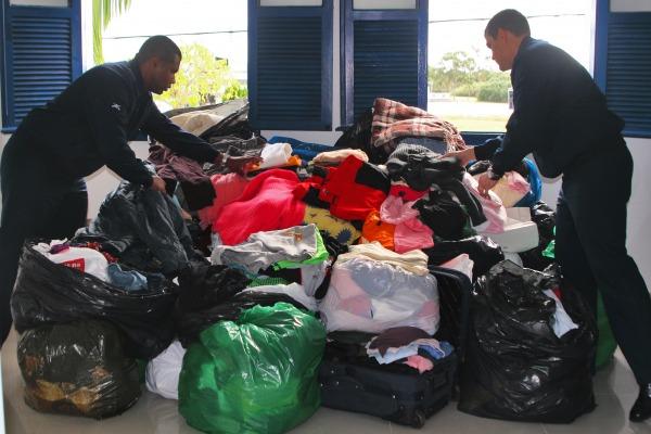 As roupas foram arrecadadas pela Base Aérea de Florianópolis