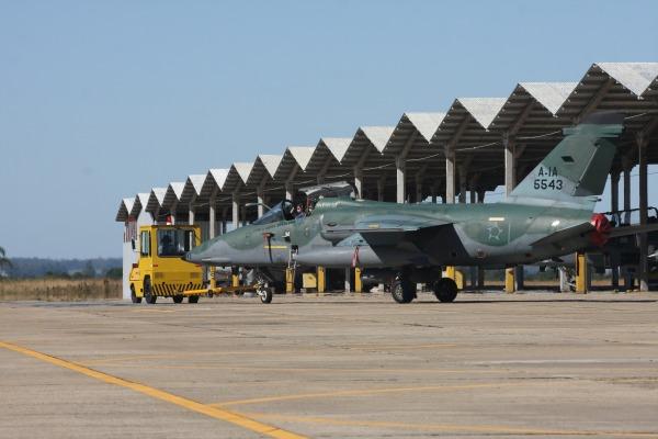 Caça A-1 sediado na Base Aérea de Santa Maria  Sargento Bruno Batista / Agência Força Aérea