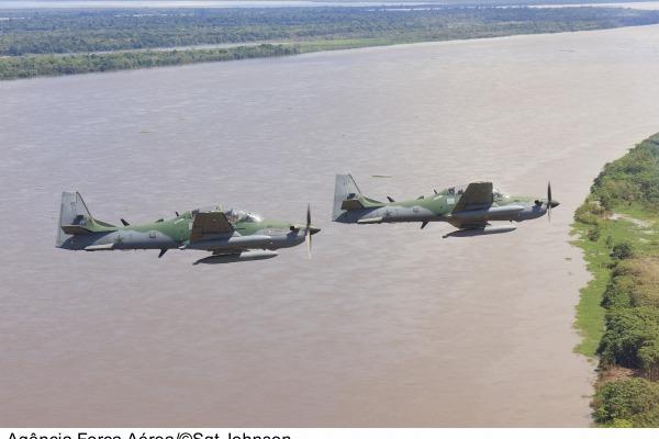 Foco da operação é o treinamento contra voos irregulares