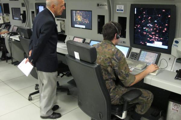 Comitiva visitou Academia da Força Aérea, Departamento de Ciência e Tecnologia Aeroespacial e Serviço Regional de Proteção ao Voo de São Paulo