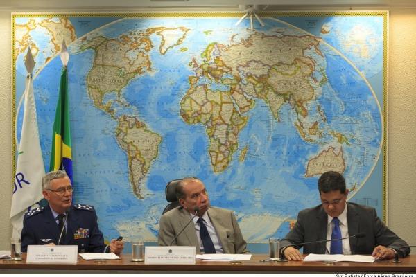 Principais projetos estratégicos foram apresentados na Comissão de Relações Exteriores e Defesa Nacional