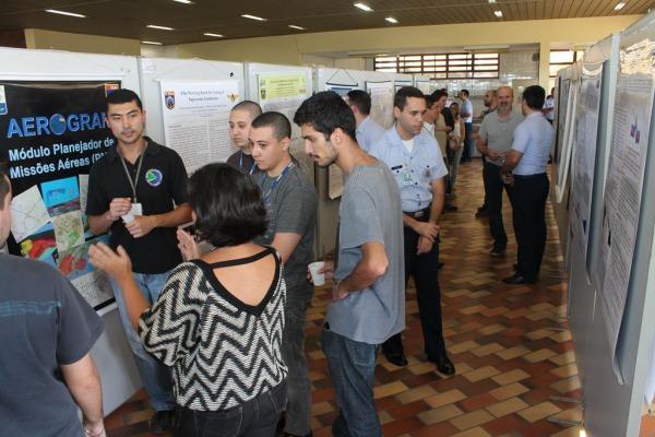 Além de unir esforços, debate destaca uso civil e militar das pesquisas realizadas