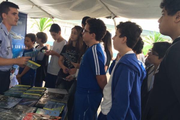 Cerca de 1,4 mil estudantes dos ensinos fundamental e médio participaram do evento