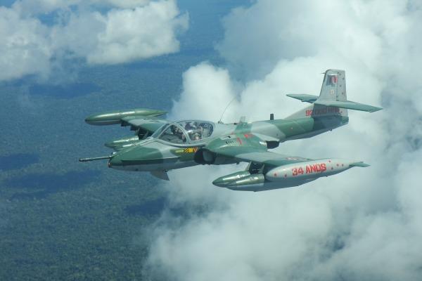 Caça peruano A-37 Dragonfly   Cb Junior/Agência Força Aérea