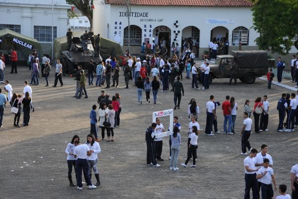 Feira de Ciências e Cultura - arquivo 2012  2S Diego
