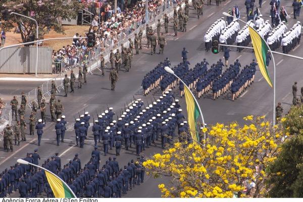 Desfile cívico-militar será transmitido ao vivo pelos canais TV Brasil e NBR