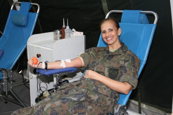 Campanha de Doação de Sangue  2S Rosa - III COMAR