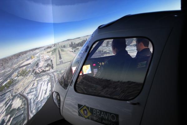 Dominar aeronave H-50 Esquilo é o primeiro passo dos pilotos de helicóptero da FAB