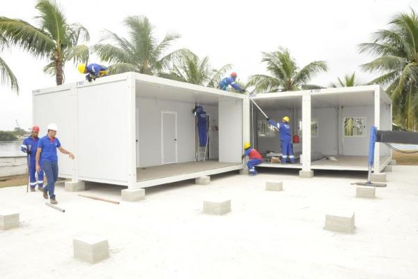 Estruturas modulares sendo fixadas  1S BFT Pessanha