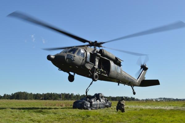 Exercício envolveu cerca de 60 pessoas entre pilotos, mecânicos, metralhadores e homens de resgate