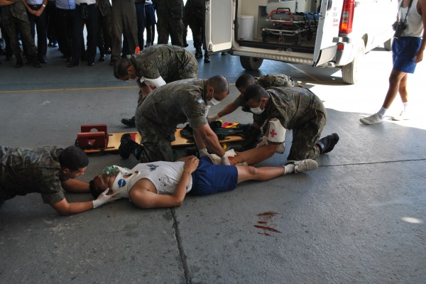 Foram realizadas palestras, consultas médicas e simulação de primeiros socorros