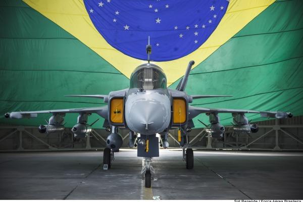 São José dos Campos (SP) contará com maquete do Gripen NG e demonstração aérea da Esquadrilha da Fumaça