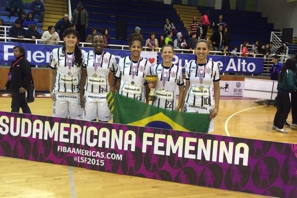 Cinco sargentos da Força Aérea Brasileira fizeram parte da equipe campeã