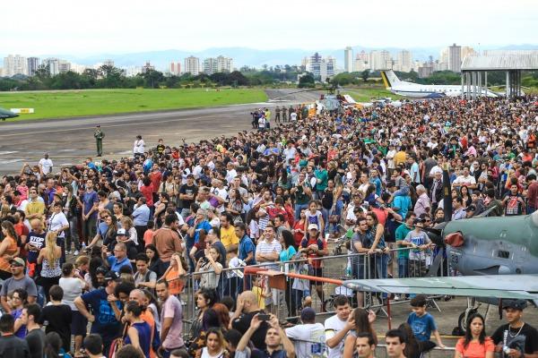 Cerca de 65 mil pessoas passaram pelo DCTA  Soldado Lucas/DCTA