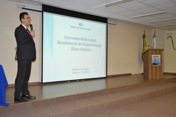 Seminário promovido pelo Centro de Estudos e Projetos de Engenharia (CEPE) visa a melhorar a gestão de obras públicas