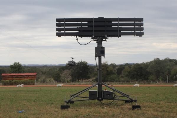 Os equipamentos são submetidos a uma bateria de testes para aprimorar o emprego do material em situações de combate
