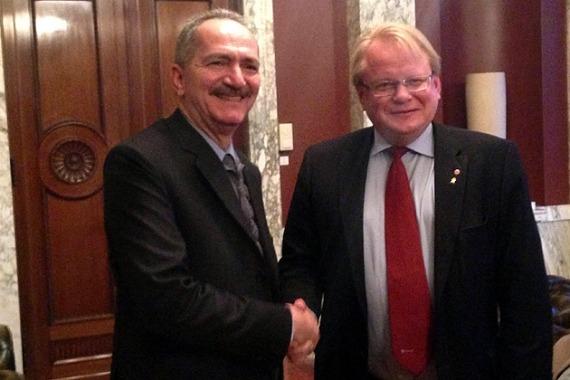 Aldo Rebelo se reúne com o presidente do Conselho de Administração da empresa