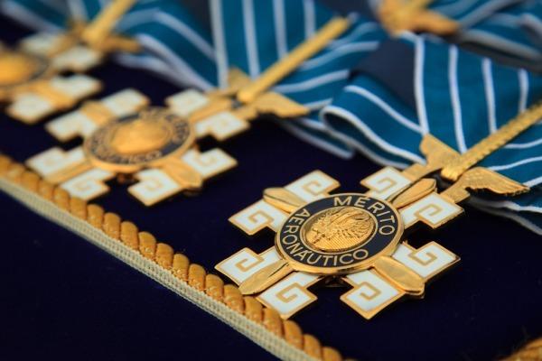 Ordem do Mérito Aeronáutico (OMA) é a maior comenda entregue pela FAB