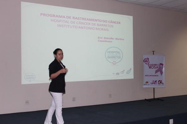 Cerca de 200 mulheres participaram do evento