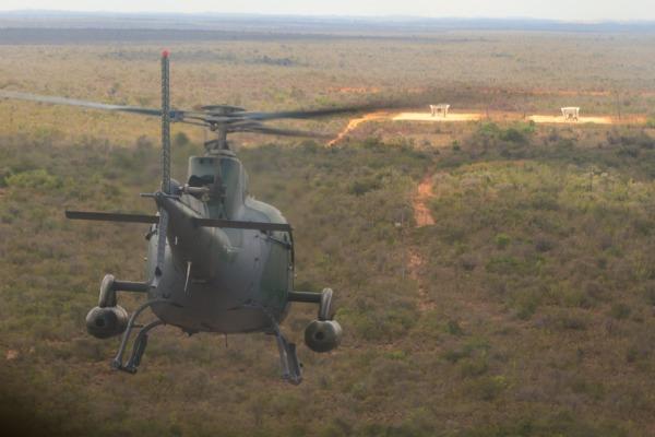 Emprego de armamento é a última fase de formação dos pilotos de helicóptero