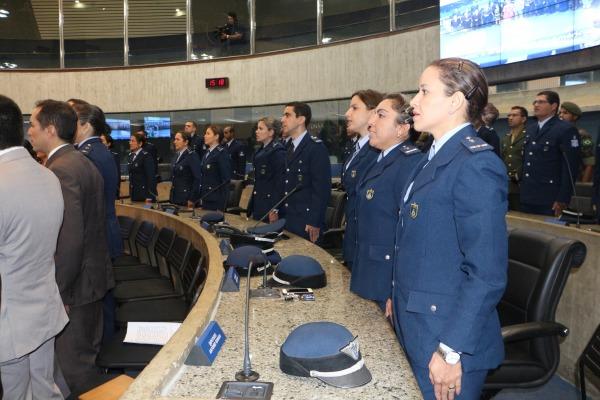 A homenagem é em celebração ao Dia do Aviador e da Força Aérea Brasileira