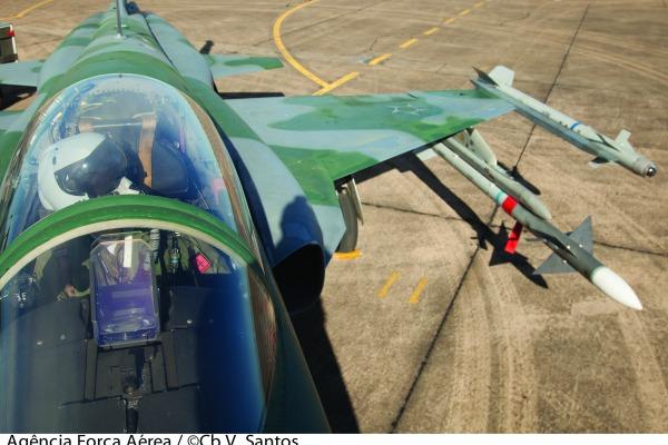 Sistema de Material Aeronáutico e Bélico de olho na modernização
