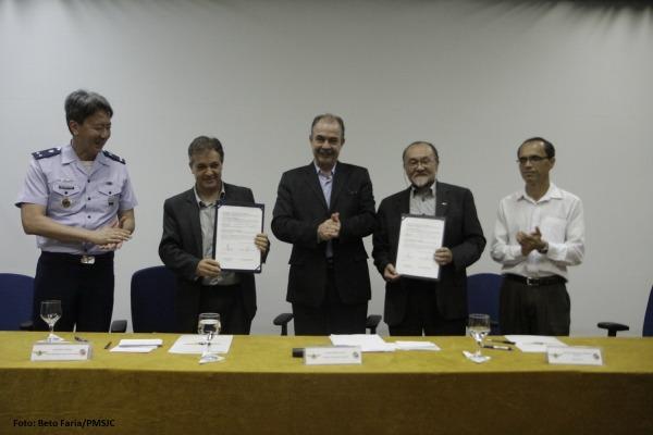 O acordo prevê o uso de novas tecnologias em educação na rede municipal de ensino