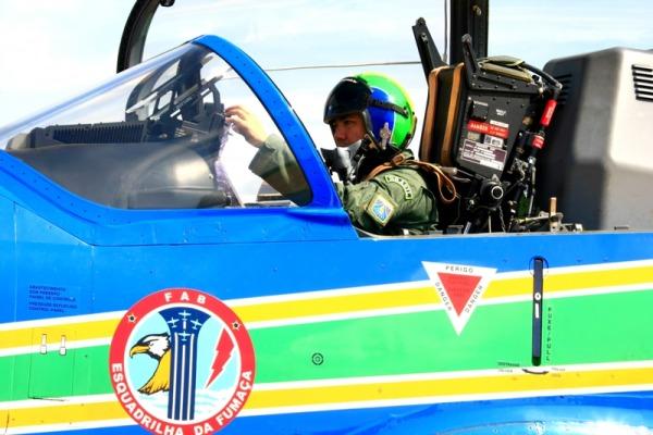 Com voo solo, TC Caldas completa curso de líder  Sgt Ribeiro