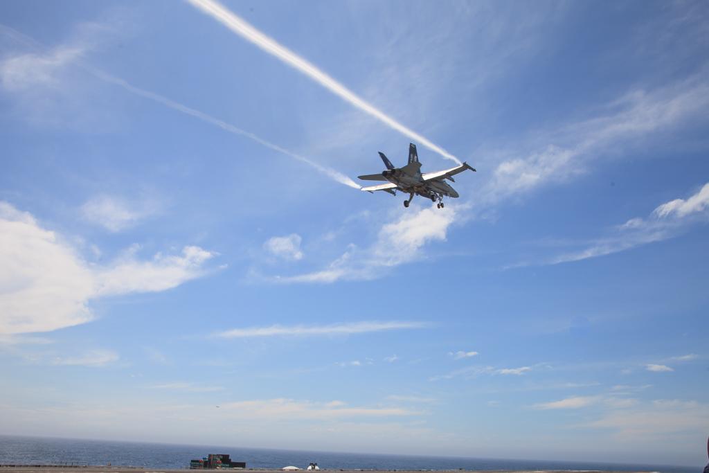 Com velocidade de quase 1000 km/h, aviões variam altitude entre 7 e 2 mil metros em menos de 30 segundos