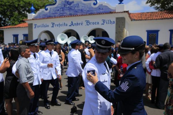 Militares recebem divisas de Terceiro-Sargento  Sgt Johnson Barros / Agência Força Aérea