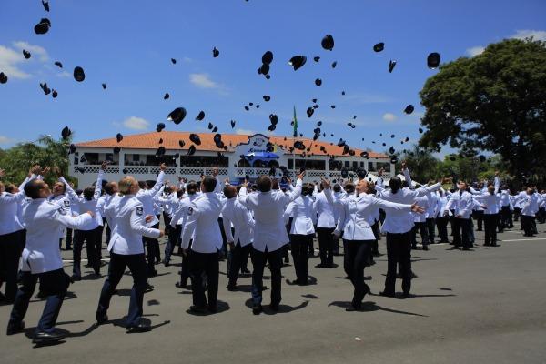 Cerimônia foi presidida pelo Ministro da Defesa acompanhado pelo Comandante da Aeronáutica