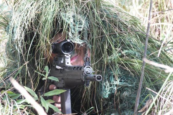 Militares terão aulas de tiro real em alvos estáticos e dinâmicos a distâncias entre 100 a 800 metros