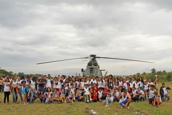 Alunos conheceram aeronaves da FAB  Sgt Rocha / III COMAR