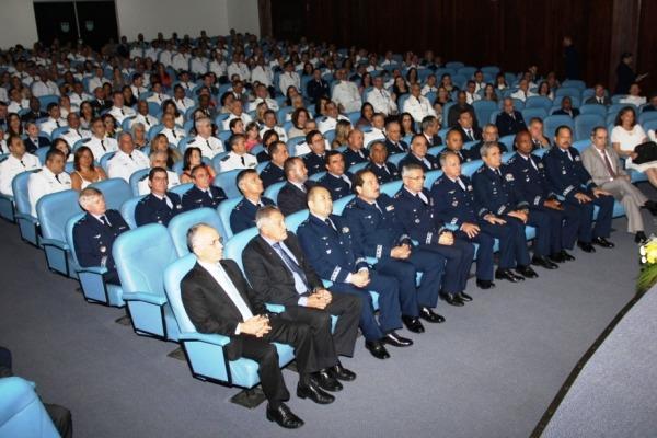 Cerimônia de diplomação na ECEMAR  SO Tostes/ECEMAR