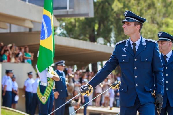 A FAB ganhou novos Praças, Graduados e Oficiais no ano que passou