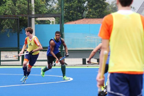 Seleção brasileira treinou com a equipe holandesa no dia 15 de janeiro