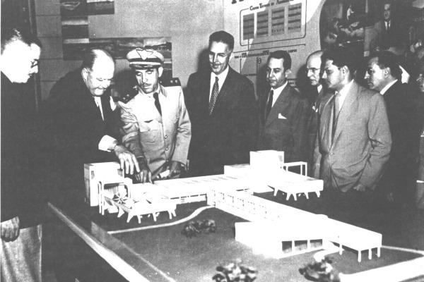 Casimiro Montenegro conhece projeto arquitetônico  Arquivo ITA