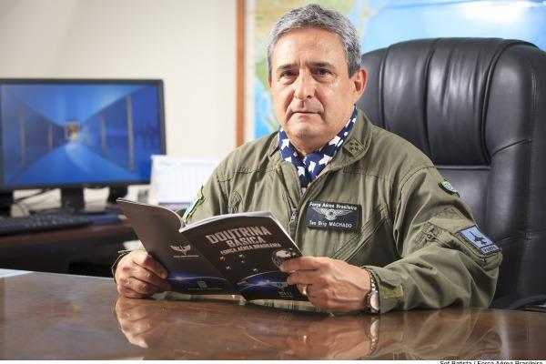 Tenente-Brigadeiro Machado afirma que a FAB quer dominar e incorporar tecnologias críticas que são negadas por aqueles que as detêm