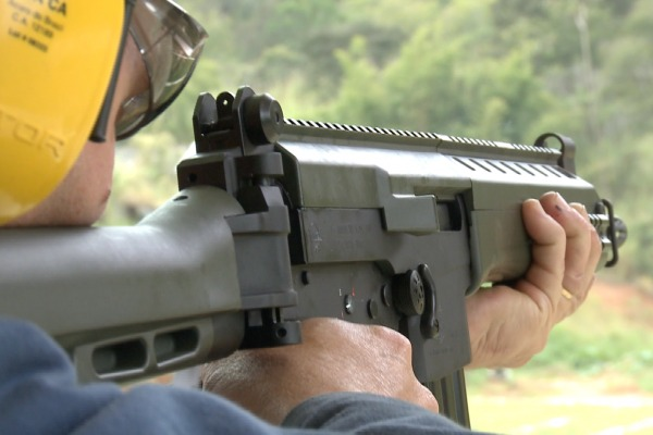 Fabricado pela IMBEL, armamento foi designado para equipar forças especiais da Marinha, Exército e Aeronáutica
