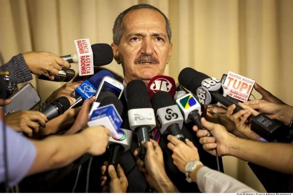 Ministro anuncia ampliação no combate ao Aedes Aegypti  Sgt Batista - Cecomsaer