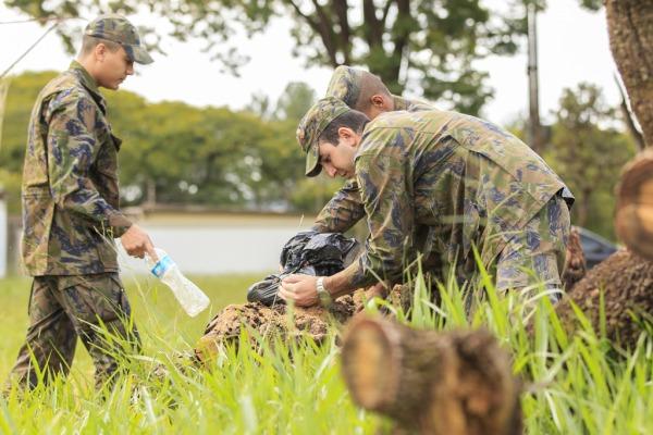 Mutirão nas unidades é a primeira etapa do plano do Ministério da Defesa para combater o mosquito