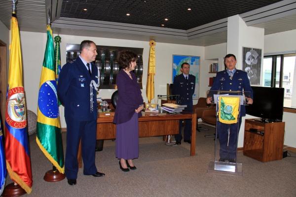 Medalha é a maior comenda concedida pela Força Aérea Brasileira