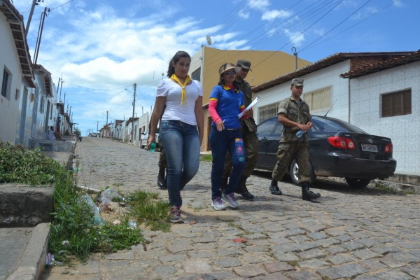 Por dia, 20 militares são enviados para a cidade  2T Juliana Lopes
