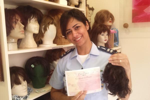As mechas podem ser doadas até o dia 8 de março na unidade militar. Associação de Florianópolis recebe doações diariamente