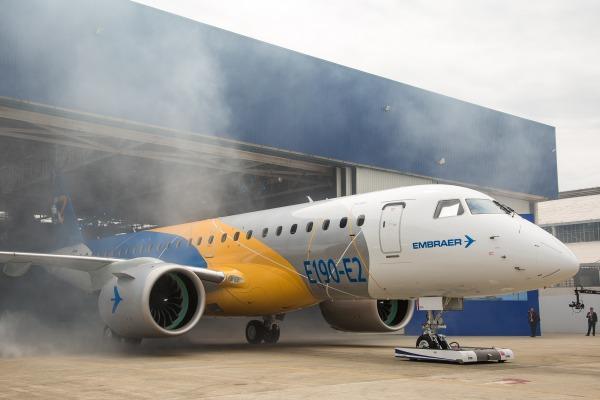 Novo jato apresentado pela Embraer economiza 16% de combustível e 20% nos custos de manutenção